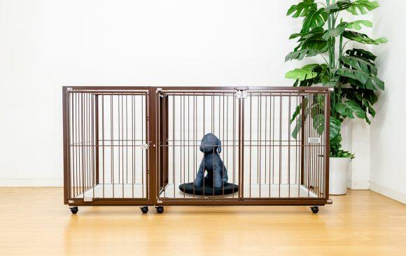 小型犬の茶色のケージ