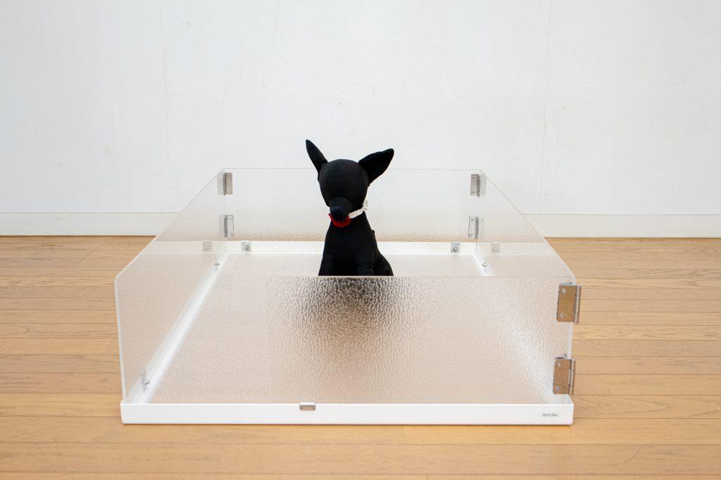 小型犬の壁付きトイレ大